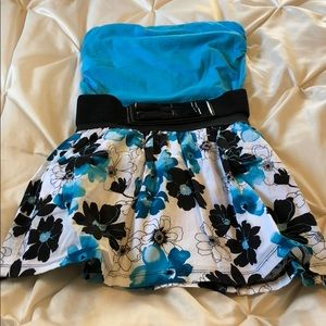 Blue/black floral skirt with blue strapless top